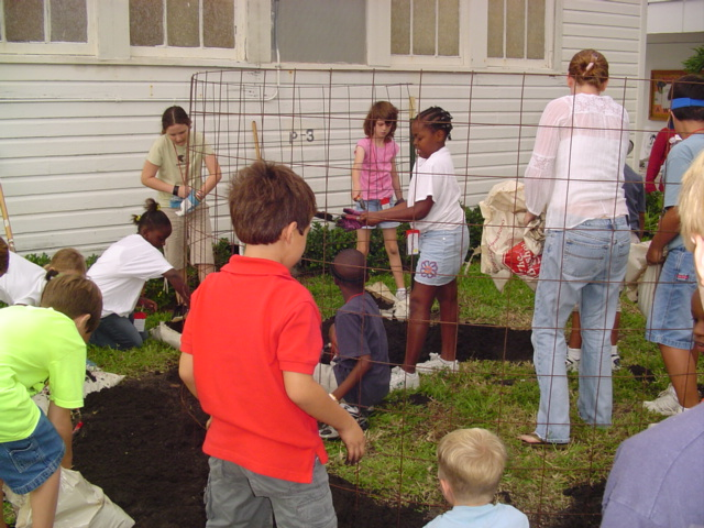 Organic Gardens In The Community Earth Ethics Institute